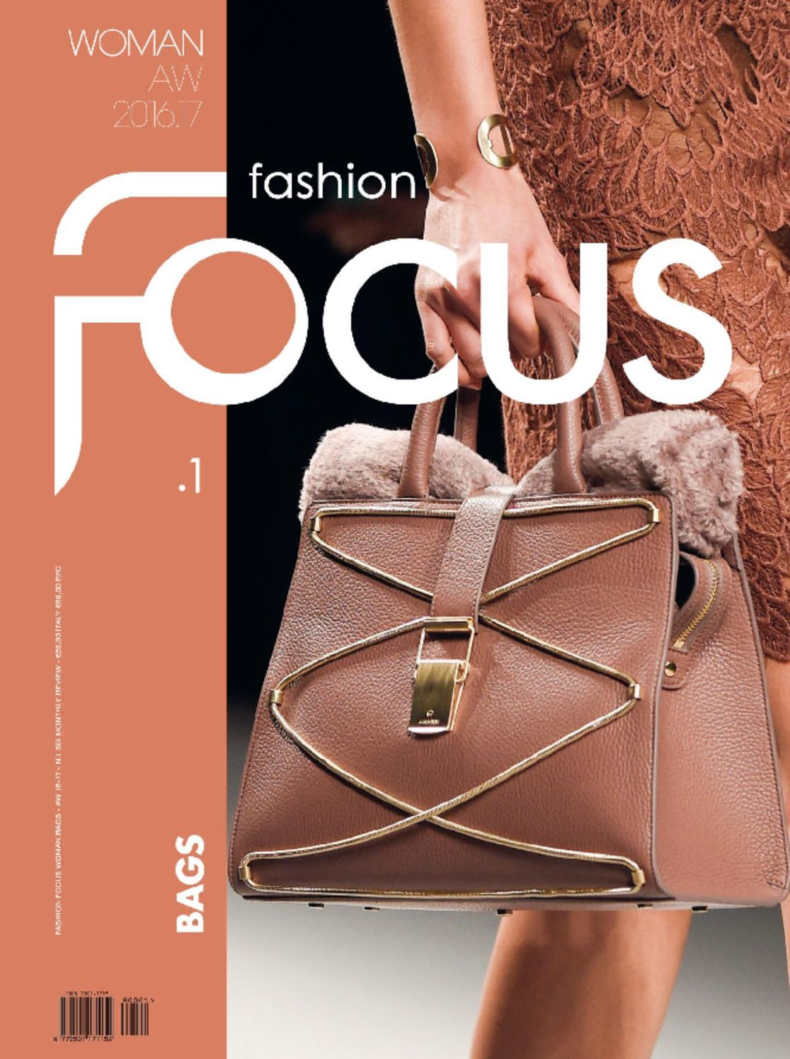 FASHION FOCUS WOMAN BAGS (Digital)